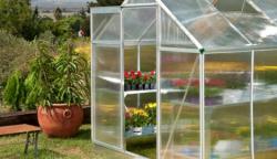 AKCE! Levné skleníky z polykarbonátu za úžasné ceny