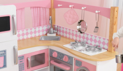 Dřevěné dětské kuchyně Woody, KidKraft a Brio se slevou až 40%